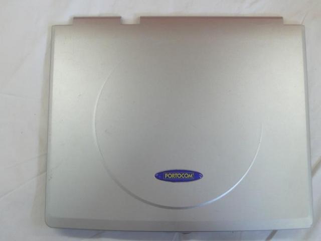 """SL 910322.1 LCD hátlap fedélzárral (14"""")."""