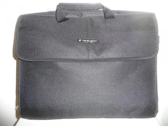 Kensington SP10 Classic Sleeve 15.6'' laptop táska