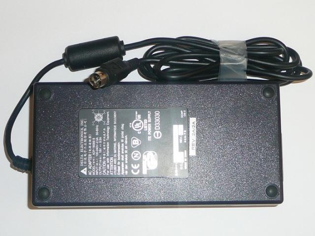 Acer, Asus - Delta 19V 9,5A 180W 4-pin laptop töltő (ADP-180BB B)