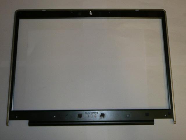 Clevo D9T használt laptop LCD keret