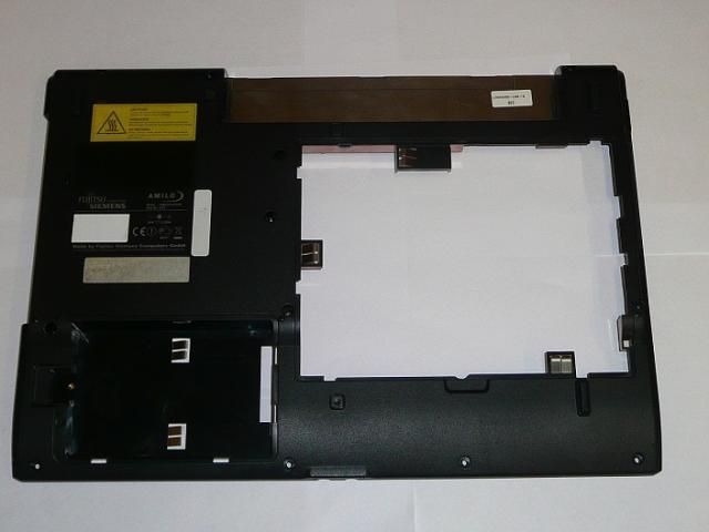Fujitsu-Siemens Amilo La1703 Alsó fedél