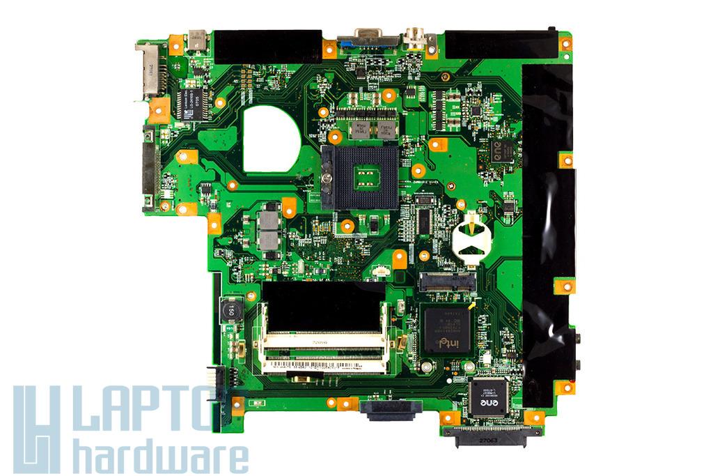 Fujitsu-Siemens Amilo Pro V3505, V8210 laptophoz használt alaplap (Y41 05249-1)