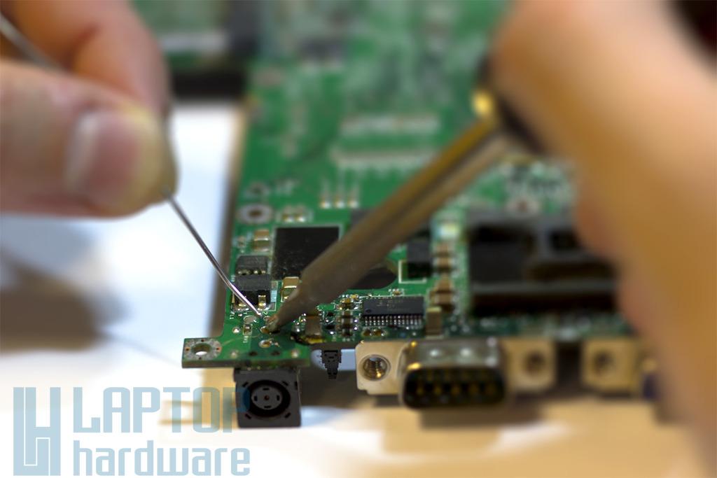 Laptop alaplapi csatlakozó csere (DC tápaljzat, USB, AUDIO, HDMI, LAN, stb.) | 1 év jótállással