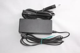 Fujitsu Limited 16V 3,75A használt laptop töltő